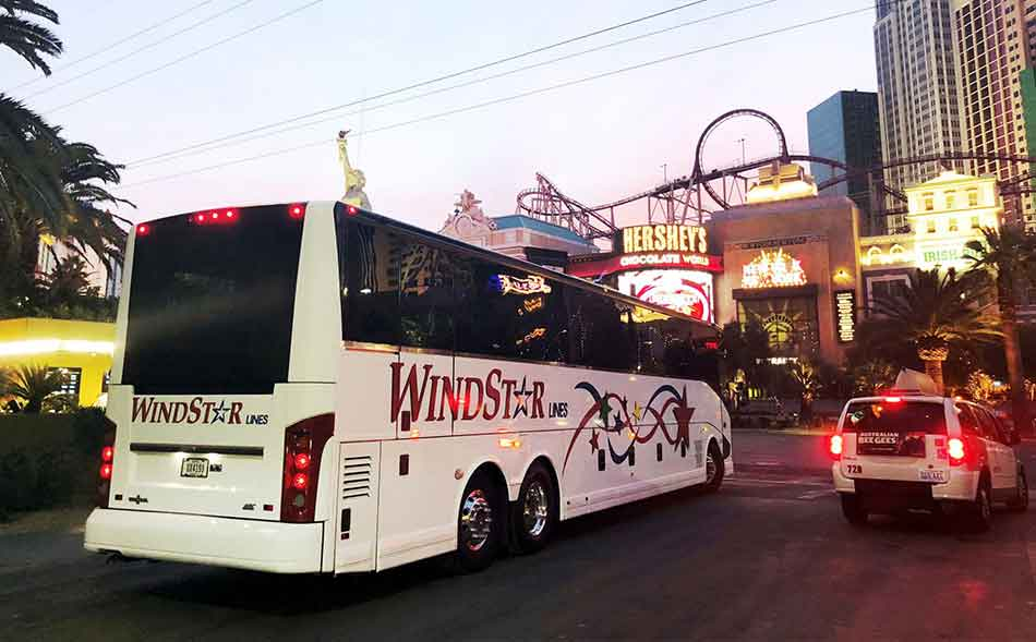 Windstar Bus in middle of Las Vegas Attractions