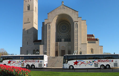 Church group renting a Windstar charter bus.